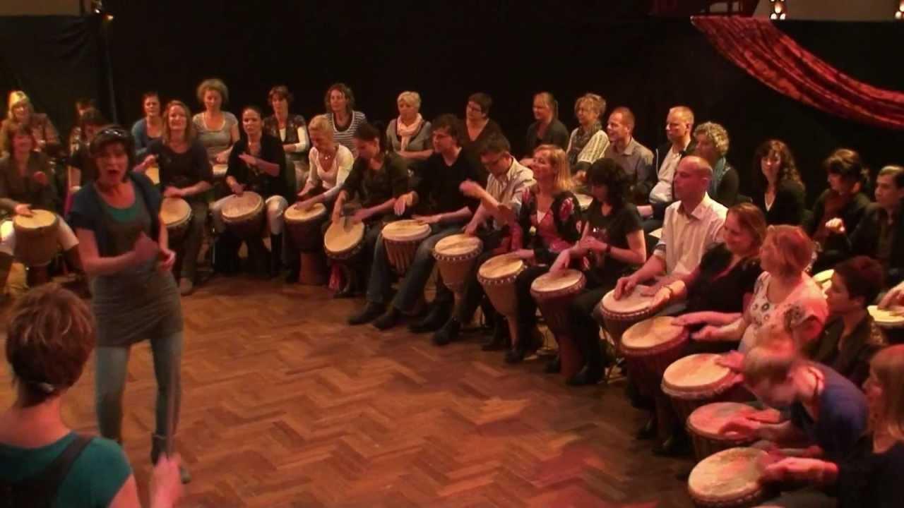 Percussie-workshop Djembe AGOGO