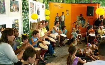 Djembe workshop op festival Mundial